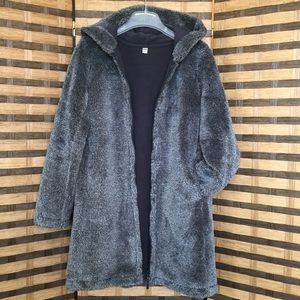 Uniqlo Trendy Women's Gray Fleece Coat, Size M